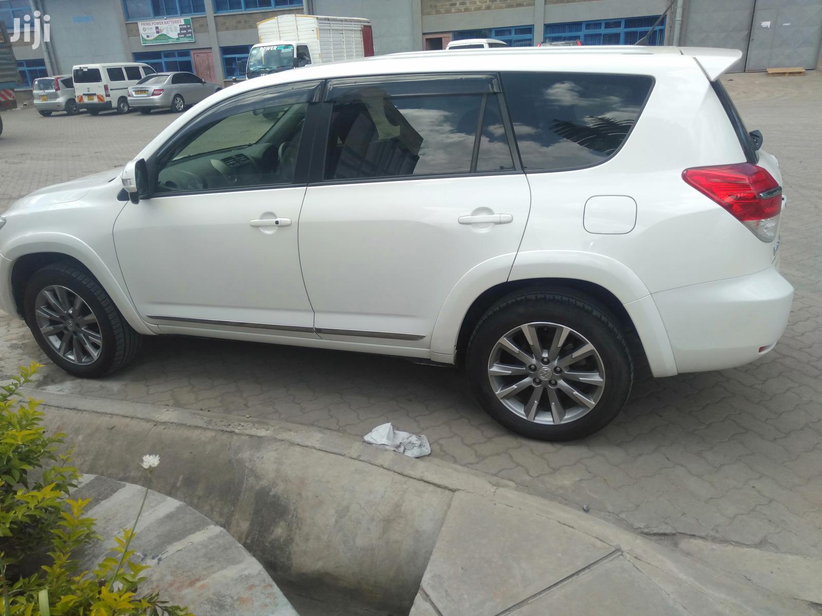 Toyota Vanguard 2013 White | Cars for sale in Embakasi, Nairobi, Kenya
