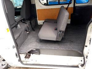 Selling Toyota Hiace Automatic Diesel 9L | Buses & Microbuses for sale in Nairobi, Nairobi Central