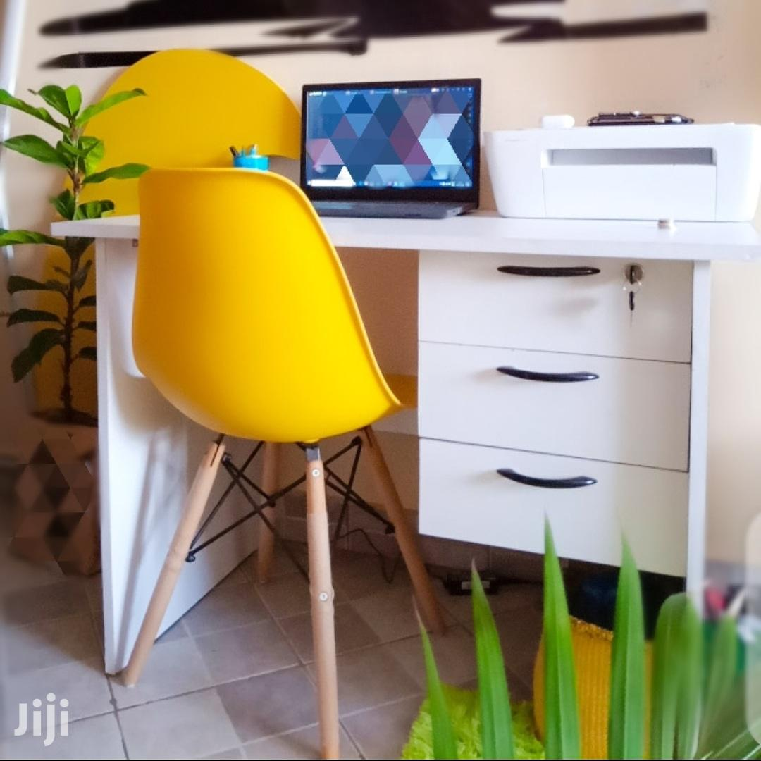 Study Desk And Aemes Chair