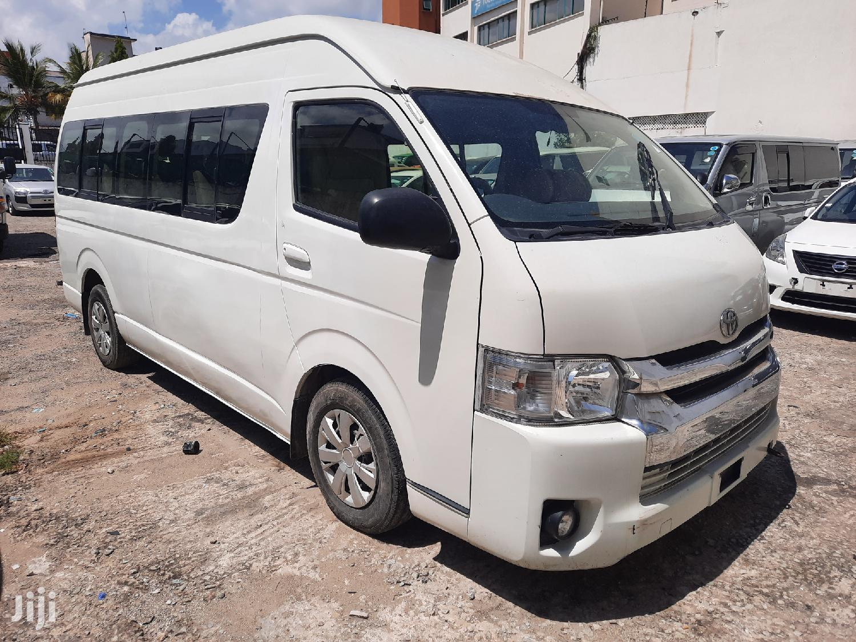 Toyota Hiace 2014 White