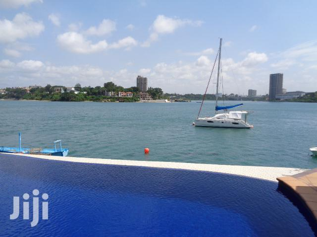 3 Bedroom Sea Front Apartment All Ensuite