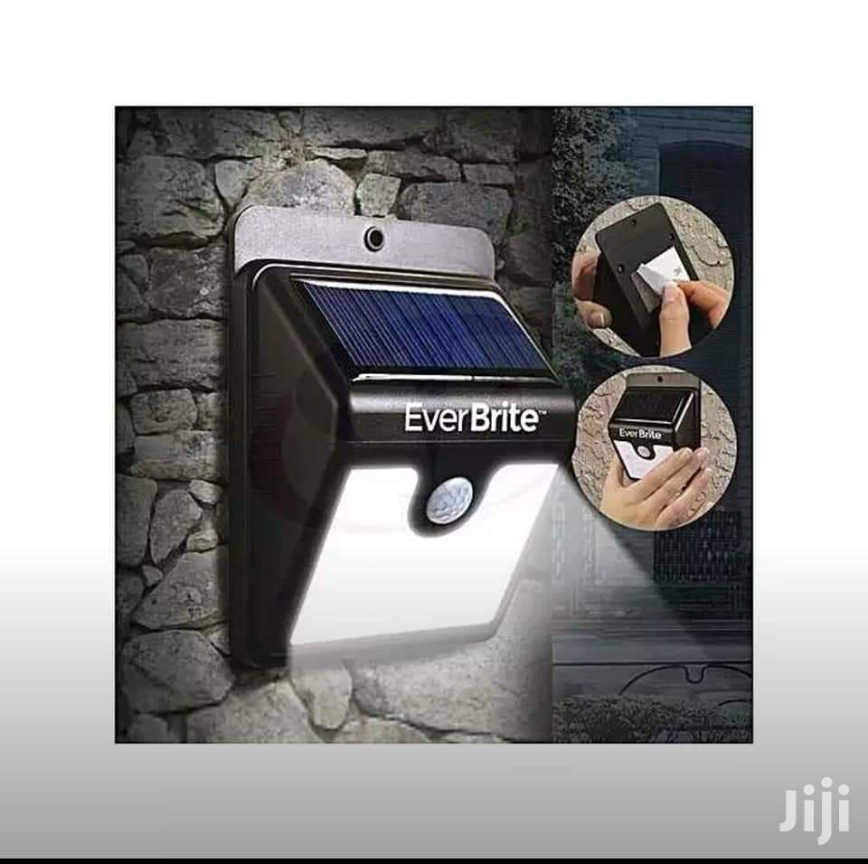 Ever Brite Solar Light With Motion Sensor