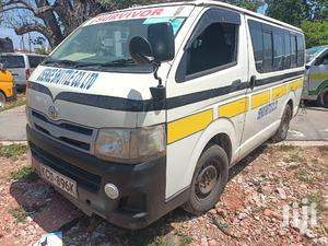 Toyota Hiace 7L Auto Diesel 2011 White For Sale | Buses & Microbuses for sale in Mombasa, Mvita