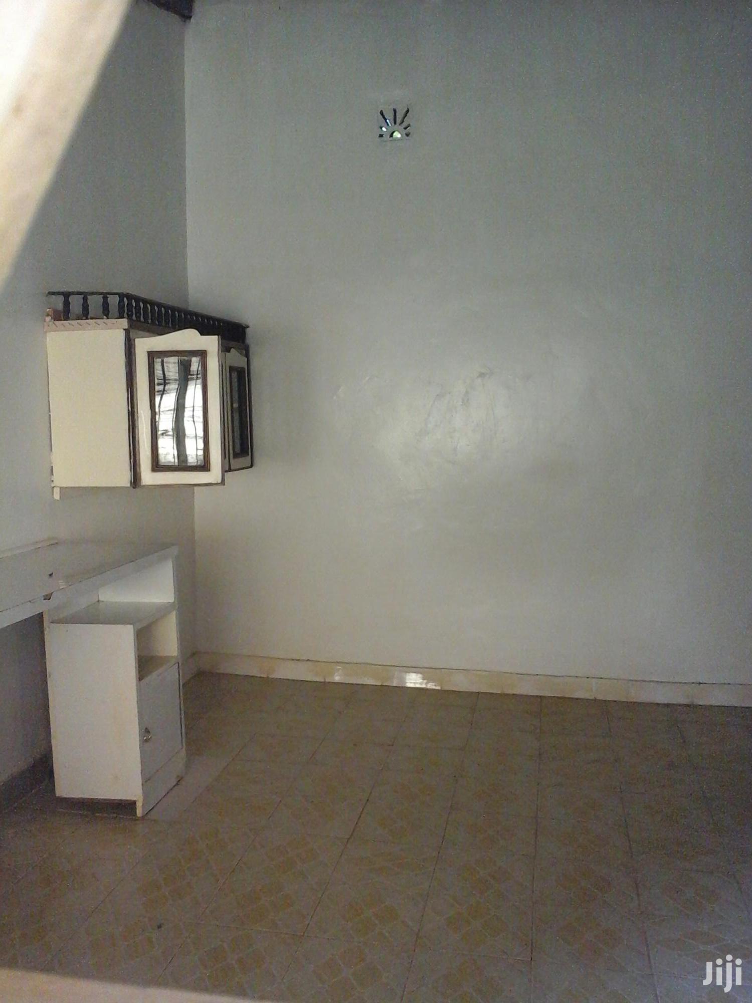 Spacious Bedsitter | Houses & Apartments For Rent for sale in Lavington, Nairobi, Kenya