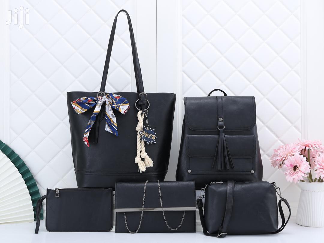 Archive: Ladies Handbags