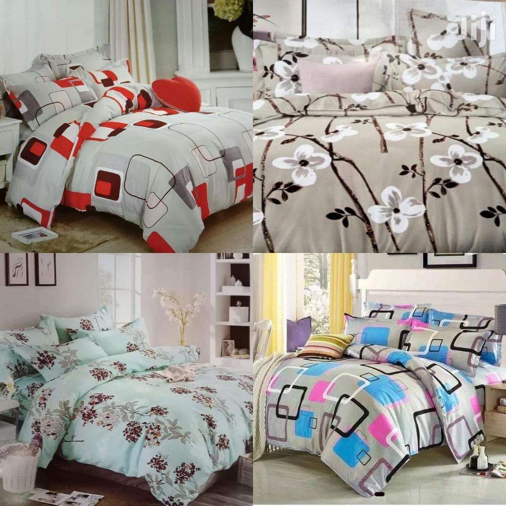 6x6 Duvet, 1 Bedsheet 2 Pillowcases