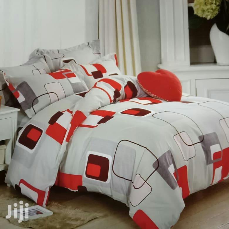 4x6 Duvet+ 1 Bedsheet 2 Pillowcases