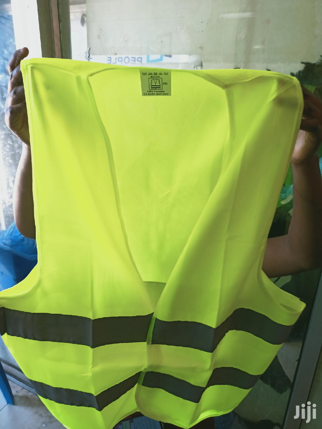 Reflector Jackets Available In Different Colors