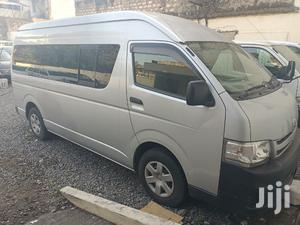 Auto Petrol Toyota Hiace 9L Fresh Import.   Buses & Microbuses for sale in Mombasa, Nyali