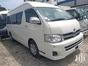 Auto Petrol 9L Toyota Hiace Fully Loaded.   Buses & Microbuses for sale in Mombasa, Tudor