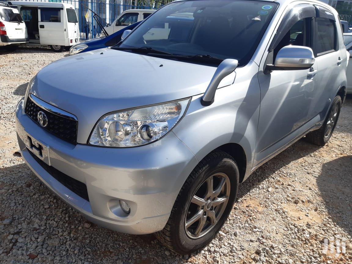 Toyota Rush 2013 Blue