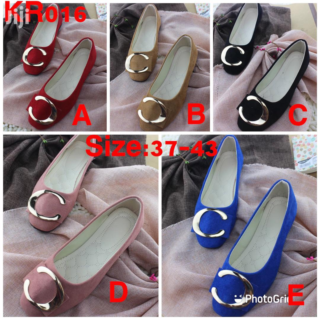 Doll Shoes Available