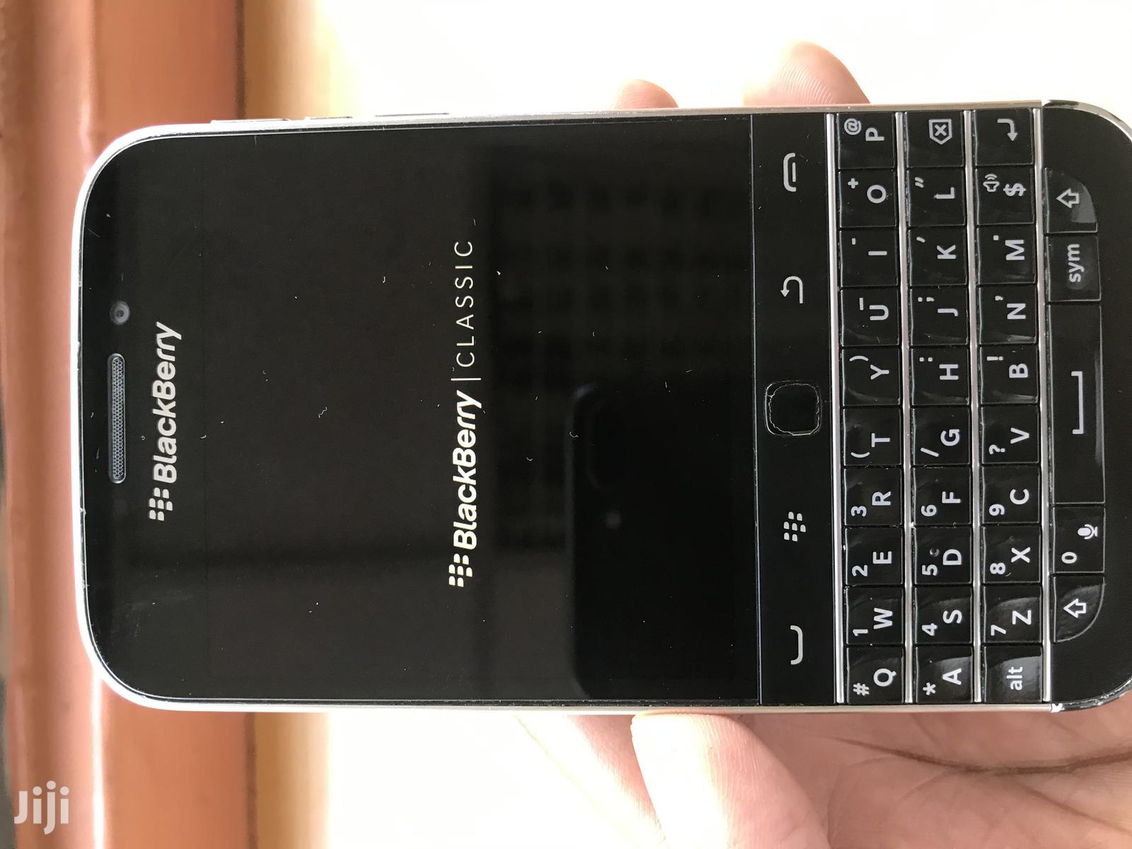 Blackberry Classic 16Gb Black in Kenya