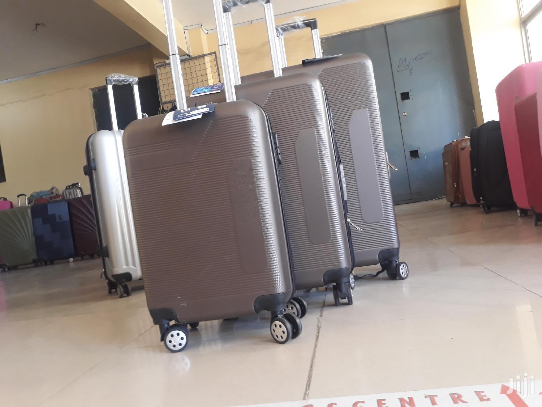 Archive: Classic Fibre Suitcase