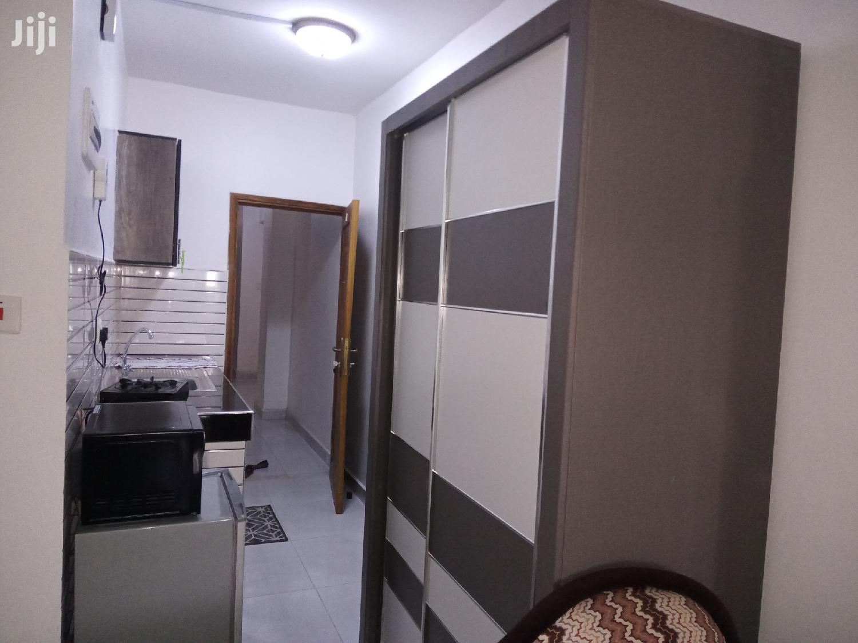 Exercutive Holiday Fully Furnished Studio to Let Mombasa | Short Let for sale in Bombolulu, Kisauni, Kenya