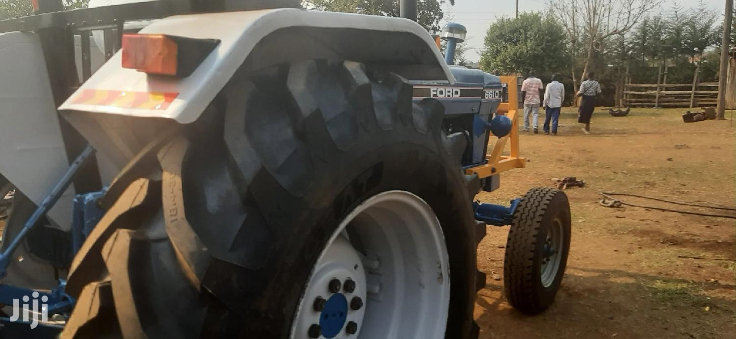 Archive: Tractor Ford 6610s 2wd