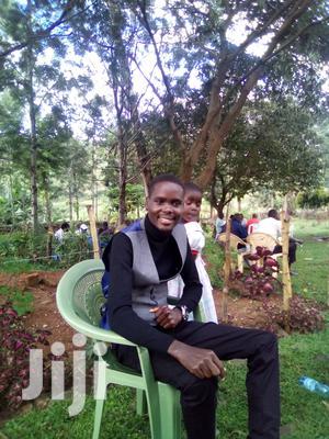 Landscaper/Team Leader (Experienced) | Gardening & Landscaping CVs for sale in Kiambu, Ruaka