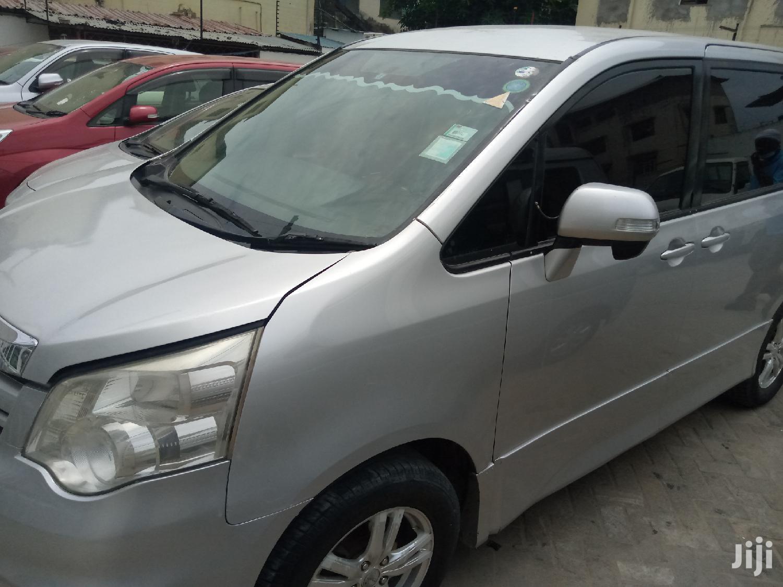 Toyota Noah 2010 Silver | Cars for sale in Mombasa CBD, Mombasa, Kenya