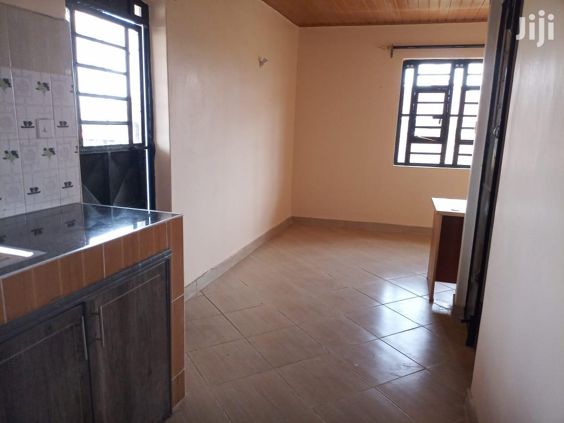 Archive: One Bedroom House to Let Within a Maisonette Home