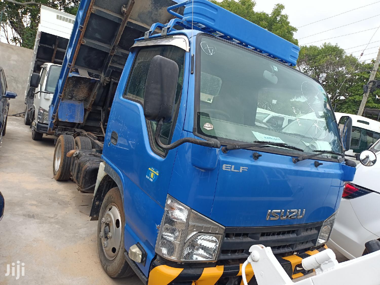 Manual Diesel Isuzu ELF Tipper 2013 Blue For Sale