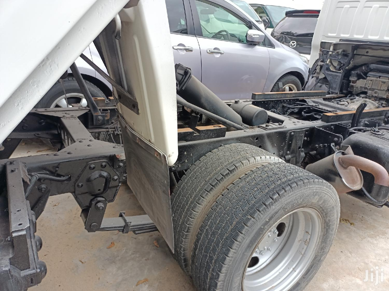 Isuzu Elf Tipper Manual Diesel. Deposit 1.5 M and Drive. 2013 White For Sale | Trucks & Trailers for sale in Ganjoni, Mombasa, Kenya