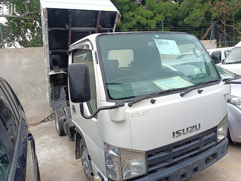 Isuzu Elf Tipper Manual Diesel. Deposit 1.5 M and Drive. 2013 White For Sale