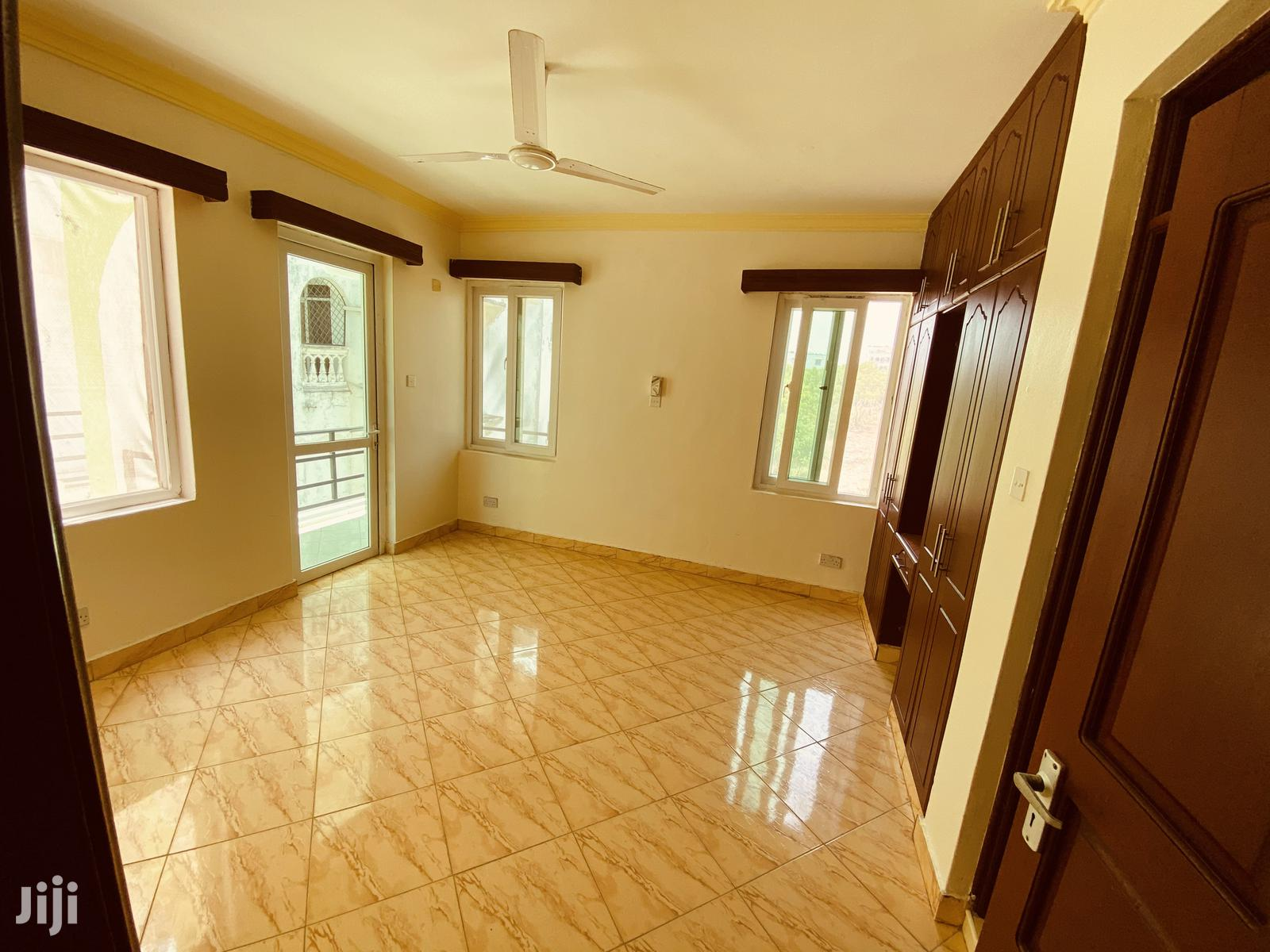 Outstanding 3 Bedroom Apartment With 24hr Security | Houses & Apartments For Rent for sale in Nyali, Mombasa, Kenya