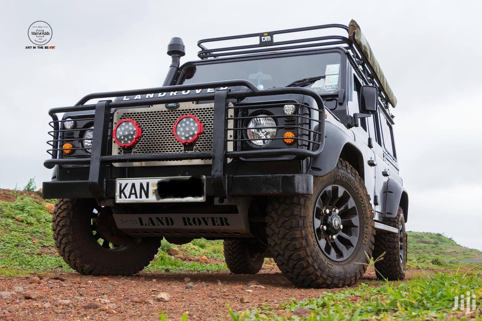 Land Rover Defender 2000 Black
