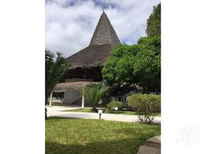 5 Bedroom Villa for Sale in Malindi Sitting on an Acre Plot.   Houses & Apartments For Sale for sale in Kilifi, Malindi