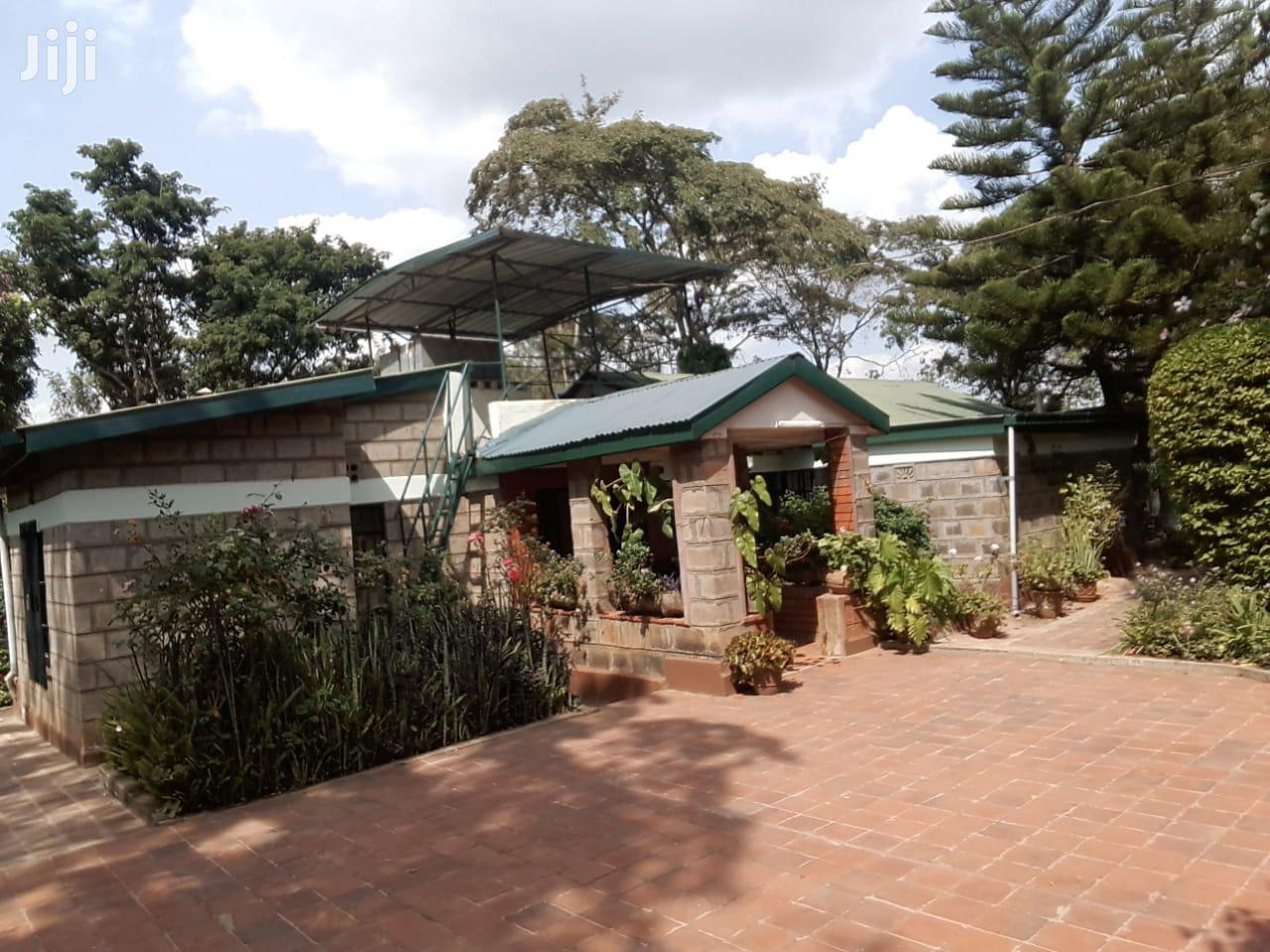 3 Bedroom House With an SQ to Let in Karen