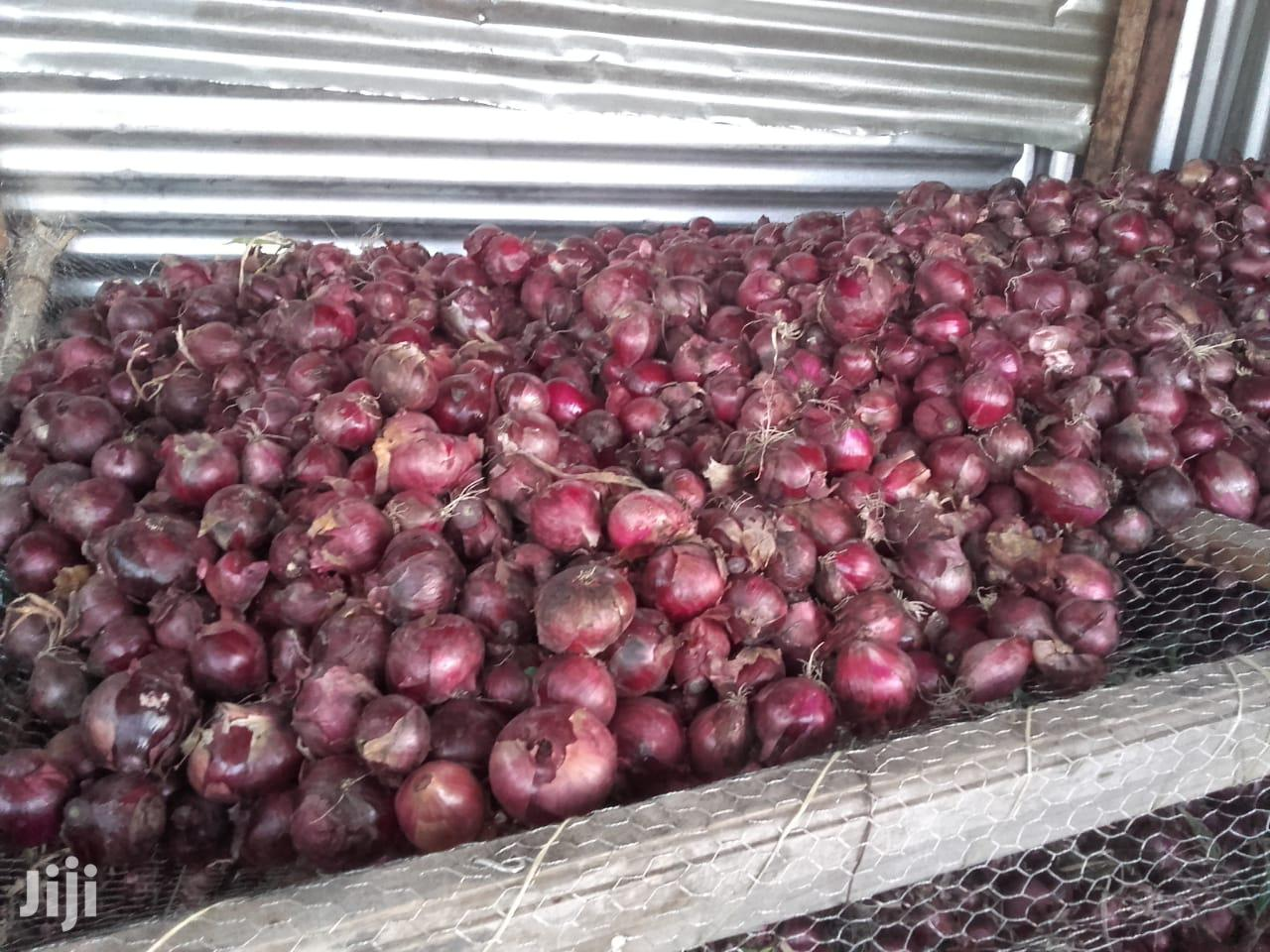 Red Onions Medium To Large For Sale | Meals & Drinks for sale in Kitengela, Kajiado, Kenya