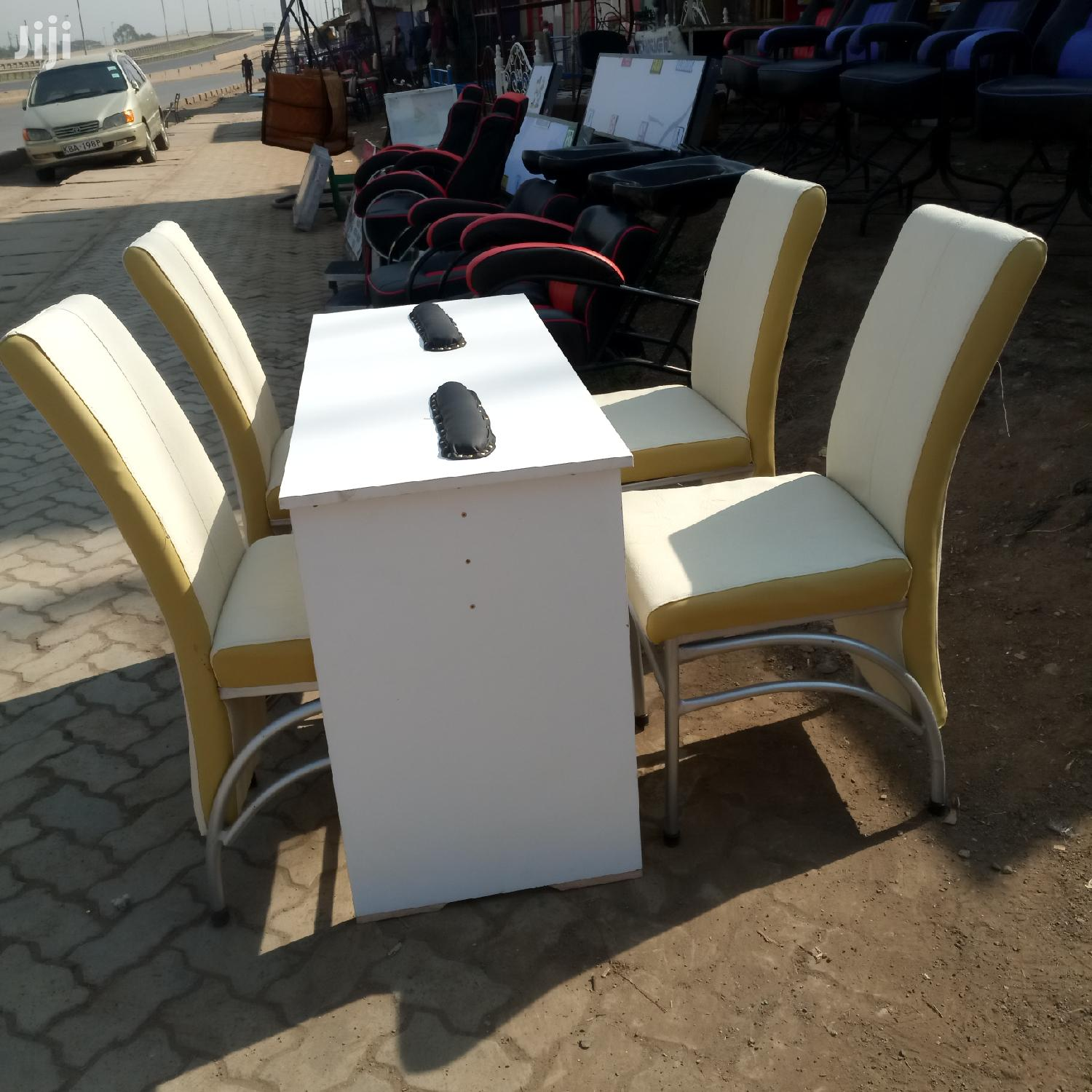 Pedicure Table And Chaird