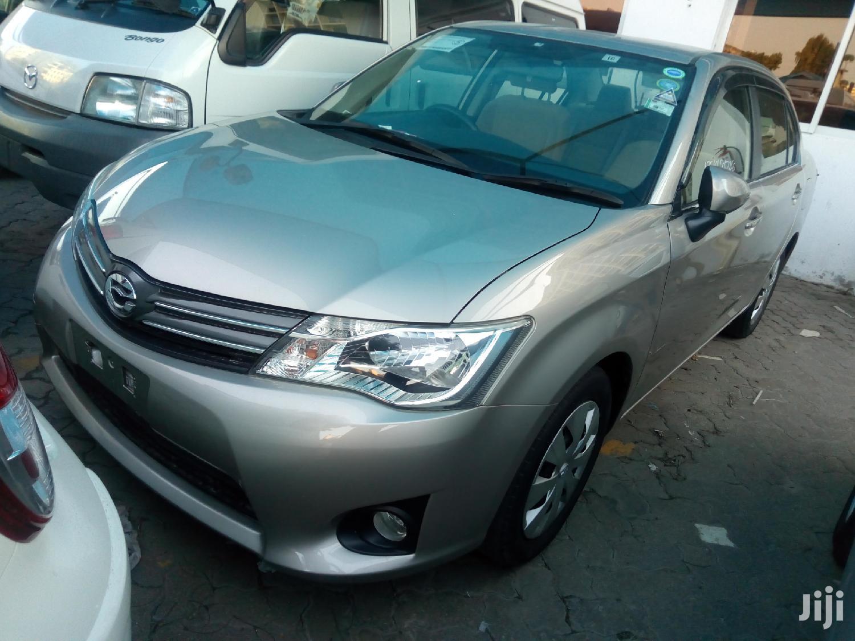 Archive: Toyota Corolla 2013 Gold