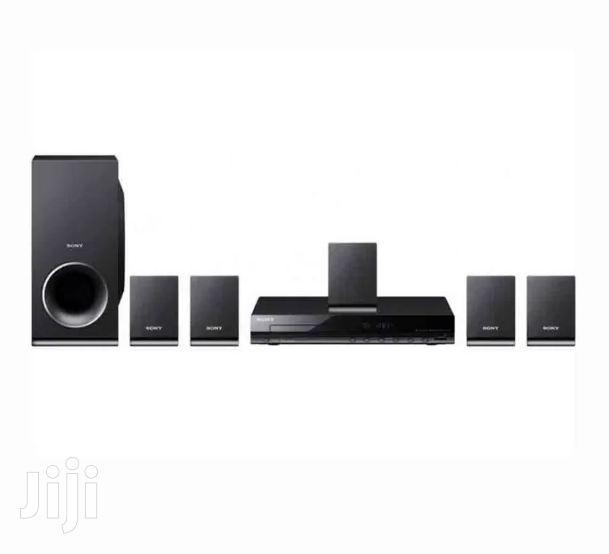 Sony DAV-TZ140 5.1ch DVD Home Theater System Black
