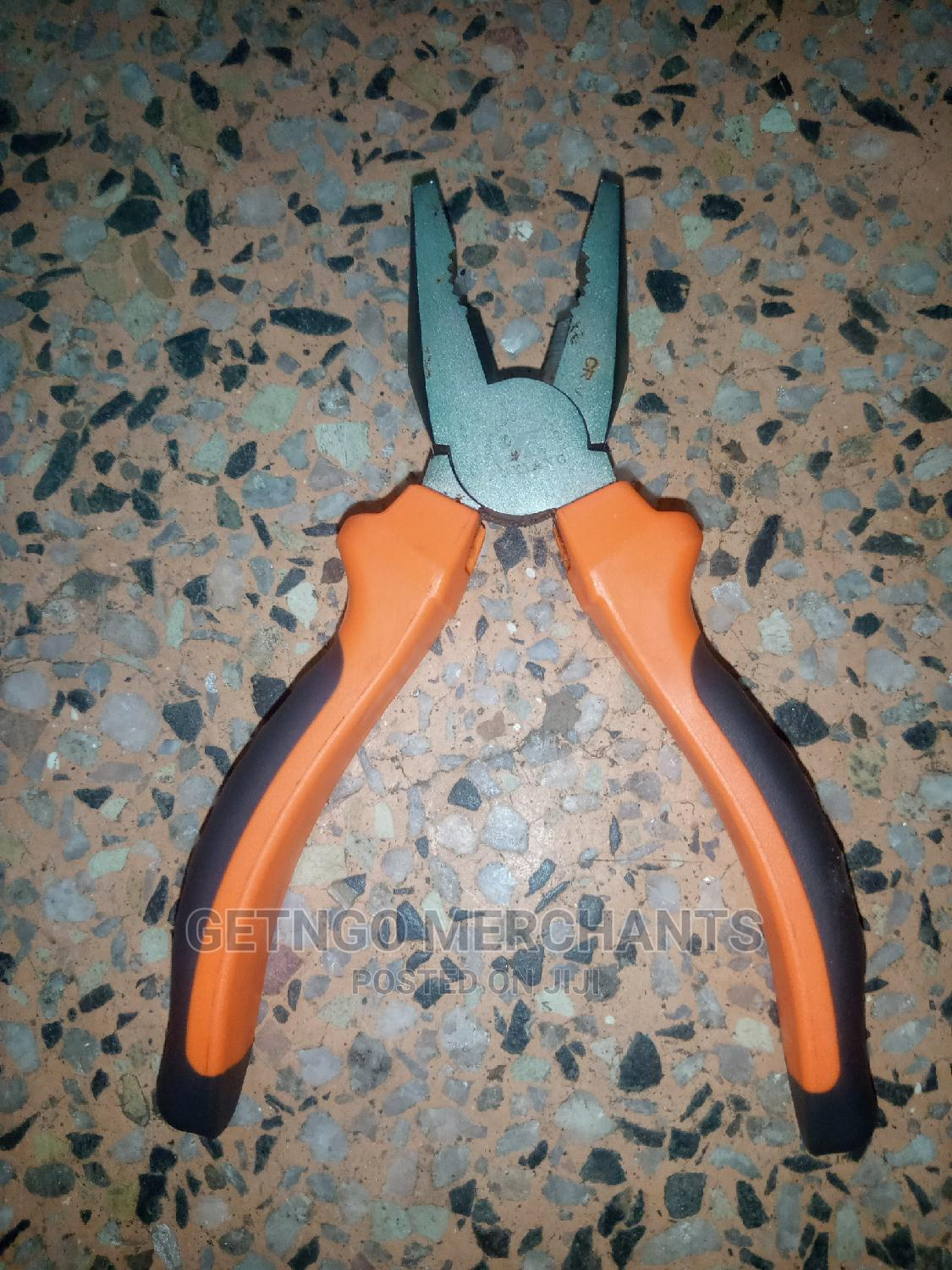 Small Pliers