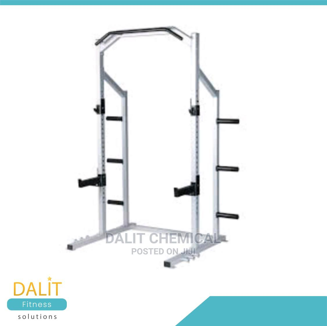 Power Rack for Keeping Weights With Rod