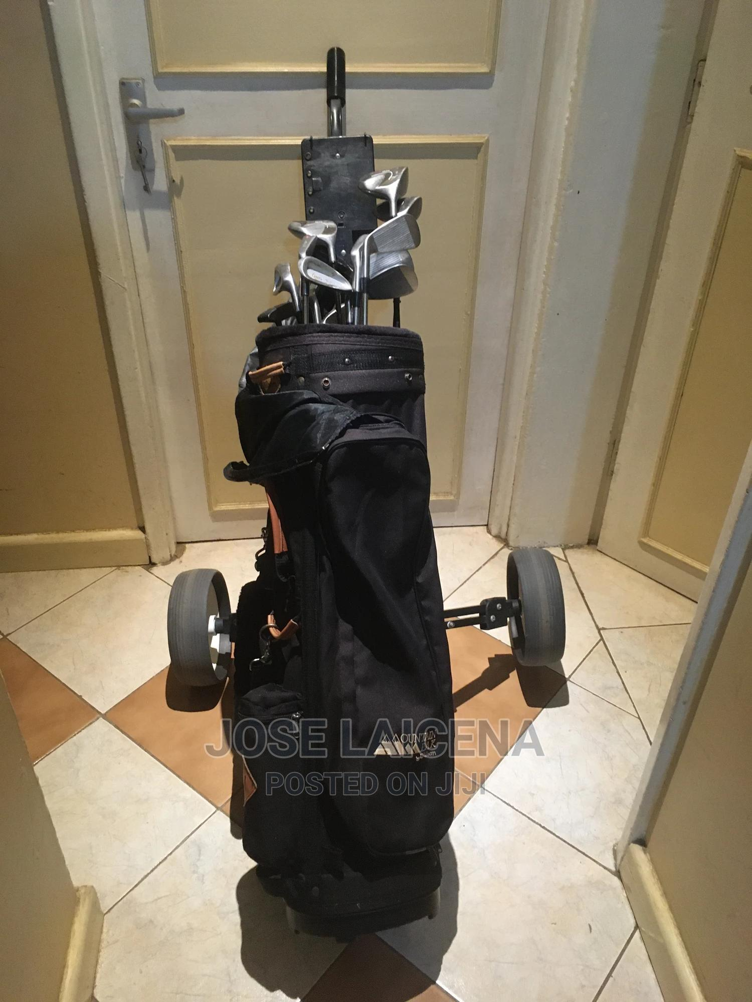 Golf Clubs Complete With All Clubs, Bag and Cart