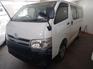 Automatic Petrol Hiace Toyota   Buses & Microbuses for sale in Mombasa, Ganjoni