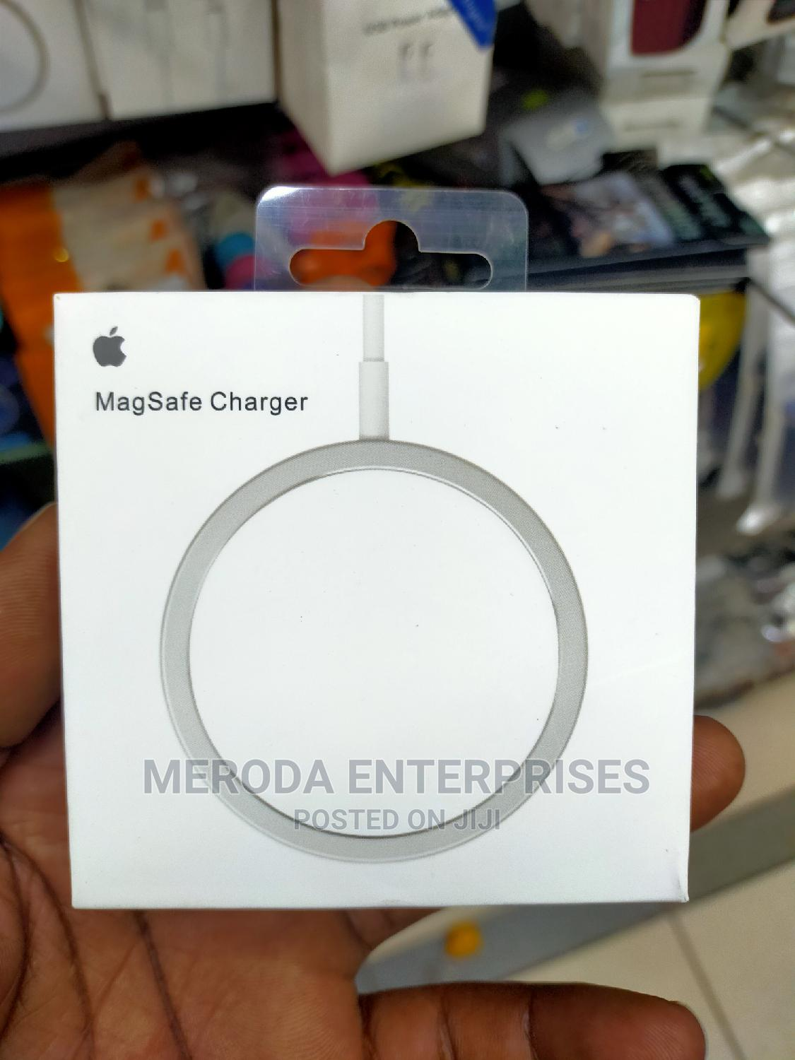 Magsafe Wireless Charger iPhone | Accessories for Mobile Phones & Tablets for sale in Nairobi Central, Nairobi, Kenya
