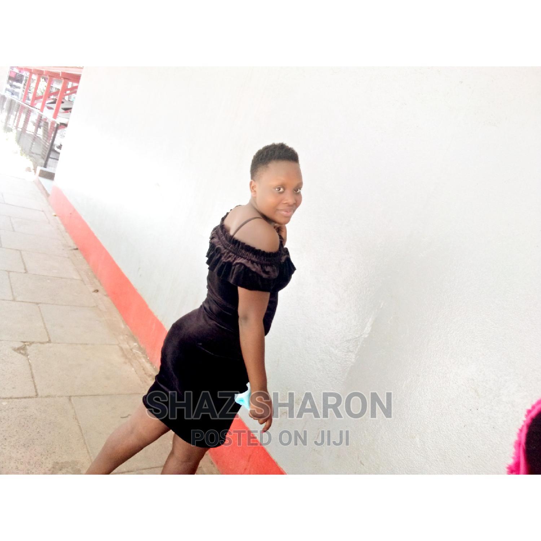 Bar Restaurant Waitress | Restaurant & Bar CVs for sale in Kisumu Central, Kisumu, Kenya