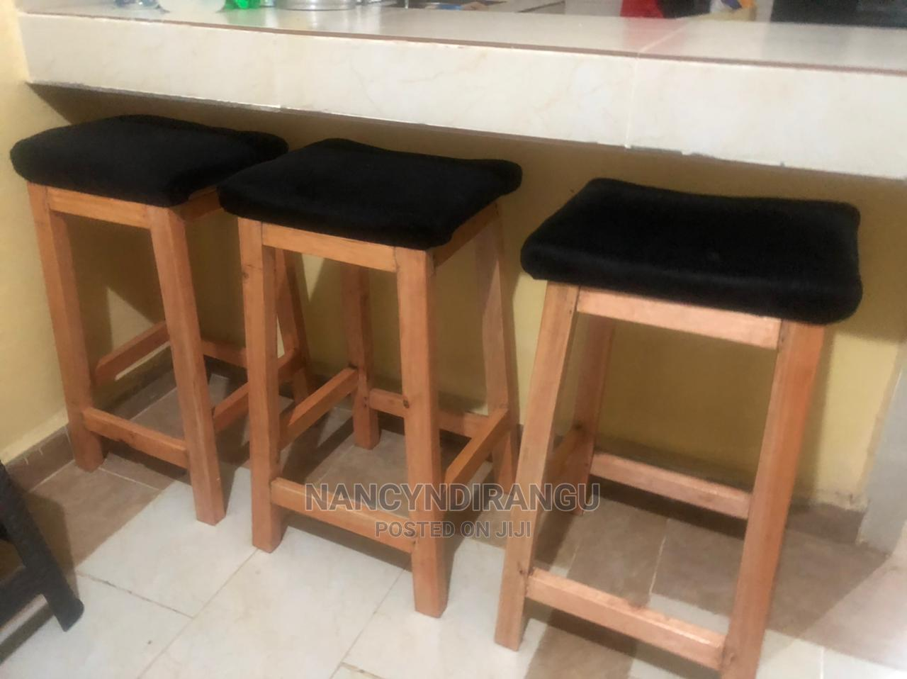 Kitchen / Bar Stool (Sina Tabu)