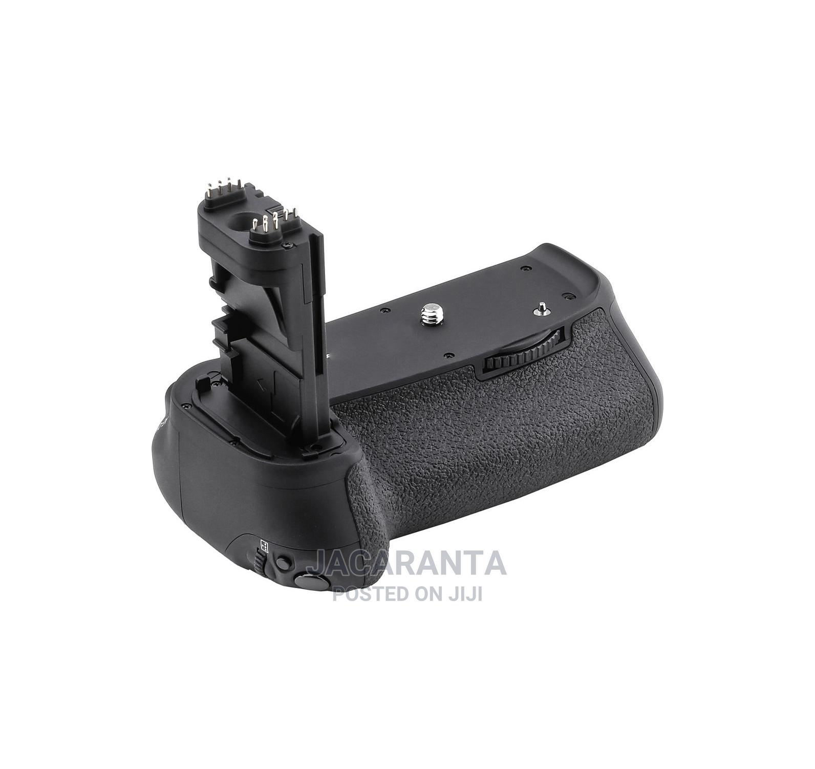 BG-C10 Battery Grip for Canon 70D, 80D 90D DSLR Camera | Accessories & Supplies for Electronics for sale in Nairobi Central, Nairobi, Kenya