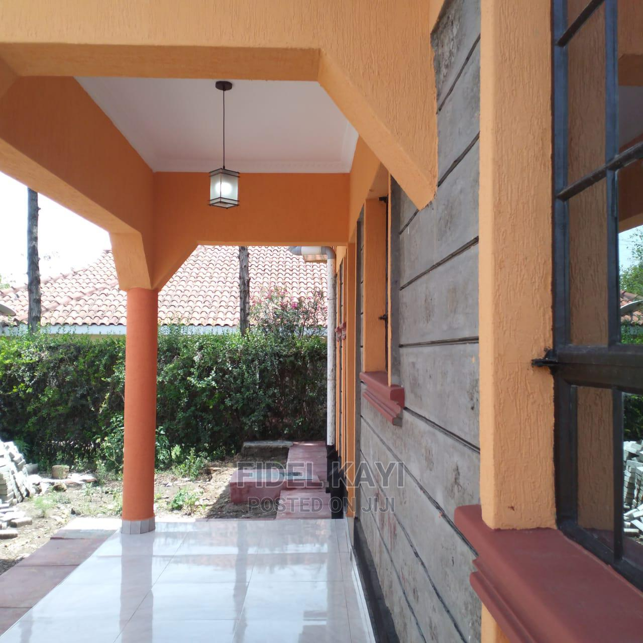 3 Bedroom Bungalow in Kitengela Milimani 900m From Town   Houses & Apartments For Sale for sale in Nairobi Central, Nairobi, Kenya