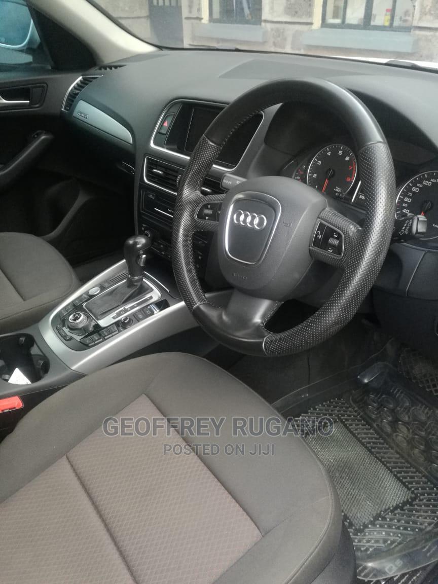 Archive: Audi Q5 2011 White