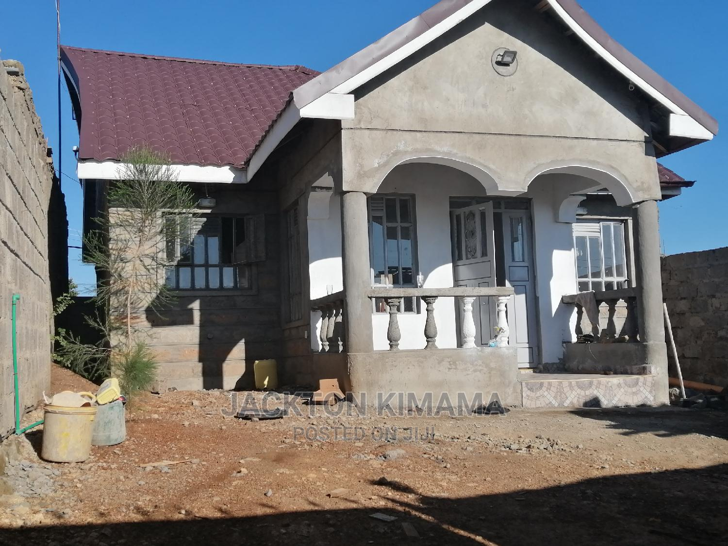 3 Bedroom House With Open Kitchen