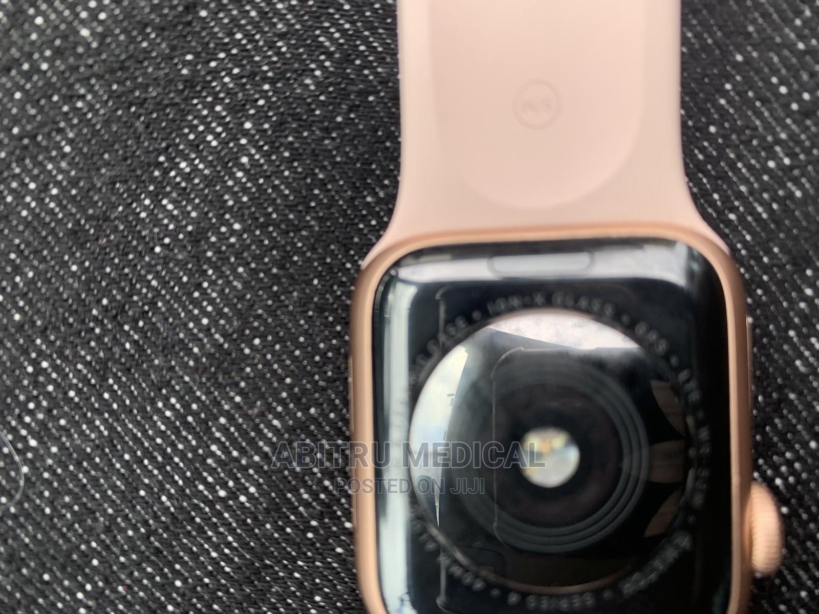 Apple Watch Series 4 | Smart Watches & Trackers for sale in Nairobi Central, Nairobi, Kenya