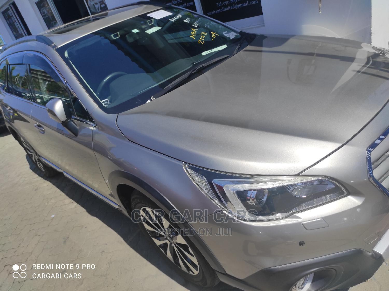 Subaru Outback 2014 Gold
