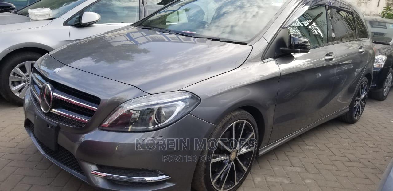 Mercedes-Benz B-Class 2014 Gray