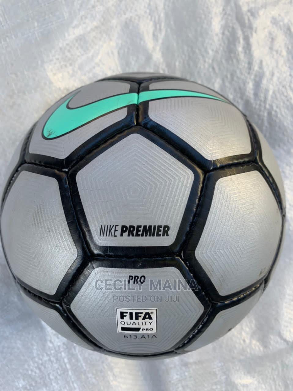 Ex Uk Soccer Mitre Balls