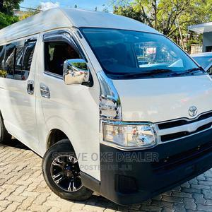9L Hire Purchase Trade Ok Toyota Hiace Manual Diesel 2wd | Buses & Microbuses for sale in Nairobi, Nairobi Central